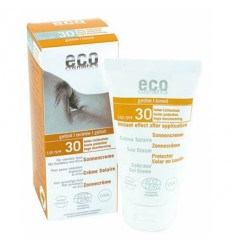 Водостойкий солнцезащитный крем SPF 30 с эффектом загара